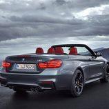 BMW M4 Convertible - trasera tres cuartos