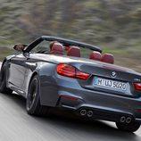 BMW M4 Convertible- exterior rodando
