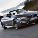 BMW M4 Convertible - carretera abierta