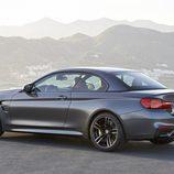 BMW M4 Convertible - tres cuartos trasero