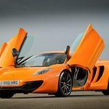 McLaren MP4-12C - puertas abiertas