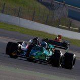 El Tyrrell 012 encabezando el grupo en entrenamientos