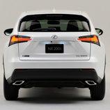 Lexus NX 2015 - zaga