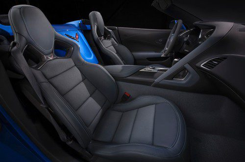 Chevrolet Corvette Z06 Convertible - asientos