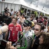 Nicky Hayden en el paddock de Austin