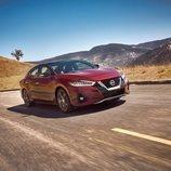 Nissan pone al día al Maxima 2019