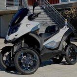Zero Motorcycles y Quadro Vehicles trabajan en un Maxi Scooter