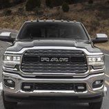Dodge se luce con un Ram Heavy Duty renovado