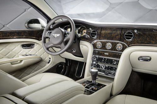 Bentley Hybrid Concept - salpicadero