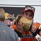 Marc Márquez con el trofeo del GP de las Américas