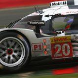 El Porsche 919 Hybrid #20 en primer plano