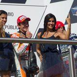 Márquez muy bien acompañado en el podio argentino