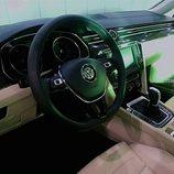 Volkswagen Passat/Magotan - Interior desde el lado del conductor