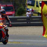 Marc Márquez celebra con pasión su victoria en Jerez