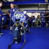Valentino Rossi trabajó sobre el nuevo chasis de la M1