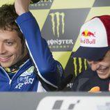 Rossi y Márquez 'de risas' en la sala de prensa de Le Mans