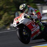 Andrea Iannone en acción en el GP de Francia