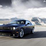 Dodge Challenger SRT - carrocería negra