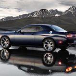 Dodge Challenger SRT - zaga
