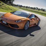 Lamborghini Huracán LP610-4 - carrocería naranja en circuito
