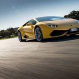Lamborghini Huracán LP610-4 - carrocería amarilla en circuito