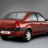 Dacia Logan - Trasera