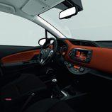 Toyota Yaris 2014 - Interior renovado