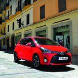 Toyota Yaris 2014 - 3/4 frontal derecho