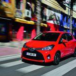 Toyota Yaris 2014 - 3/4 frontal izquierdo