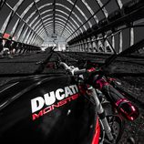 Ducati Monster 796 - deposito