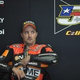 Colin Edwards en el box de Forward en Mugello