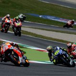 Intensa salida del GP de Italia en Mugello