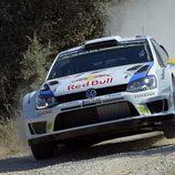 Andreas Mikkelsen busca el podio del Rally de Italia