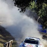 Jari-Matti Latvala en acción en el shakedown de Cerdeña