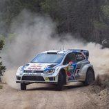 Jari-Matti Latvala con paso firme en el Rally de Italia
