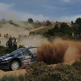 Elfyn Evans aguanta el tipo con su Fiesta RS WRC