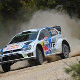 Etapa 1 del Rally de Cerdeña para Jari-Matti Latvala