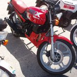 Honda MBX roja