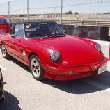 Alfa Romeo Spider rojo
