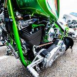 Cross Bones motor