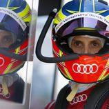 Oliver Jarvis en el box de Audi en Le Mans