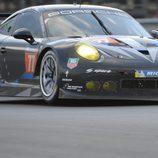 Primer relevo para el Porsche #77 de Patrick Dempsey