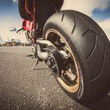 Neumático trasero