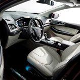Ford Edge 2014 - Interior Titanium desde el lado del conductor