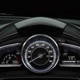 Mazda 2 2015 - Cuadro de instrumentos