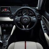 Mazda 2 2015 - Mandos del conductor