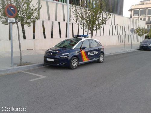 Nuevo Citroën C4 Picasso Policia Nacional - En detalle