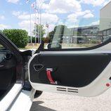 Alfa 4c - puerta