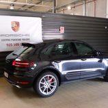 Prueba del Porsche Macan Turbo - Tres cuartos trasero
