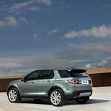 Land Rover Discovery Sport - trasera